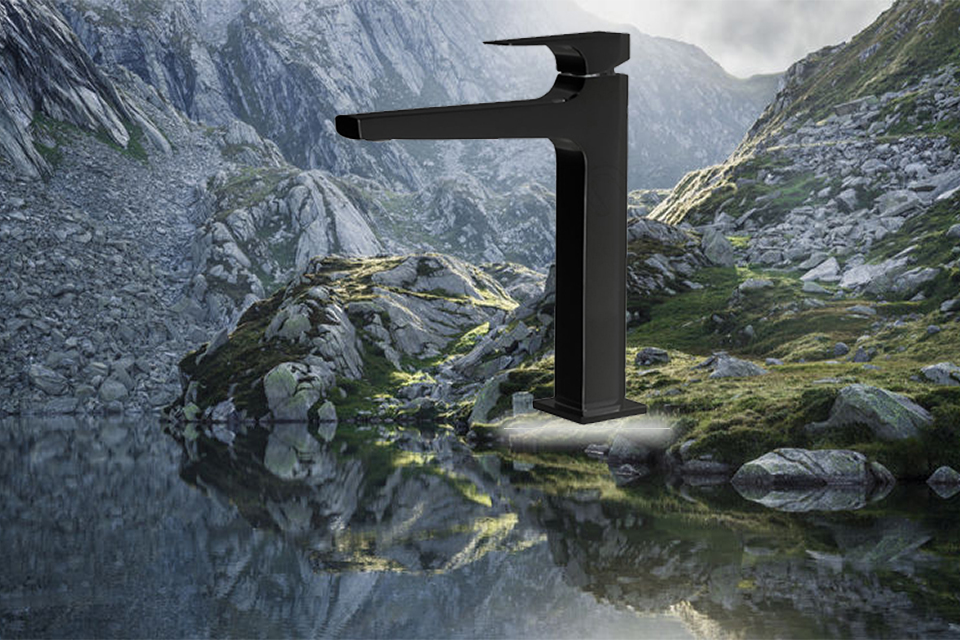 شیر روشویی پایه بلند مدل اراتو مشکی کی دبلیو سی